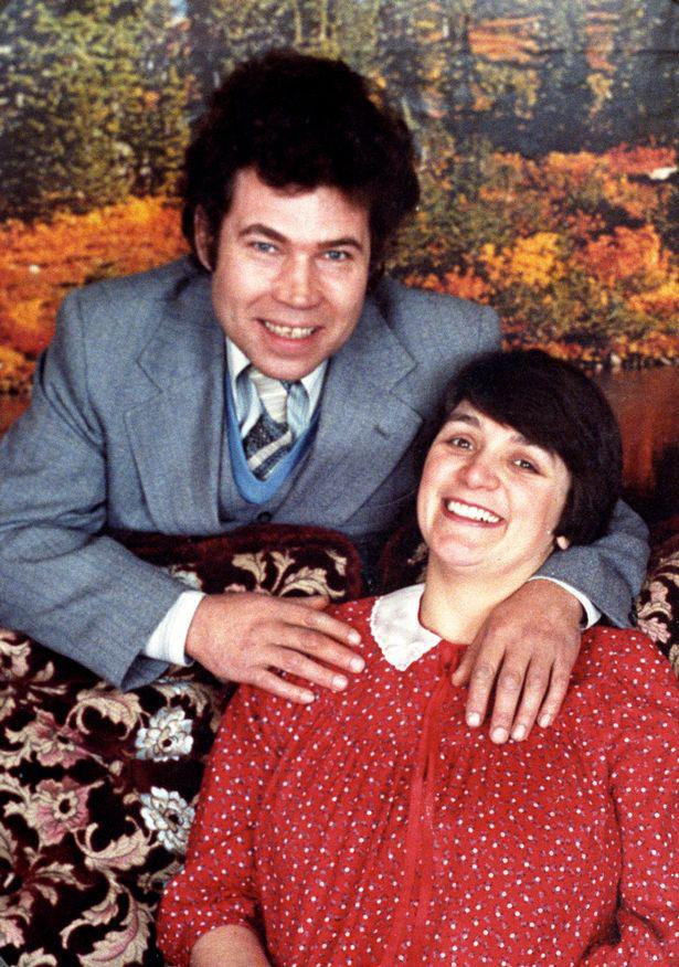 Những cặp đôi sát nhân tàn ác nhất trên thế giới - Ảnh 2.