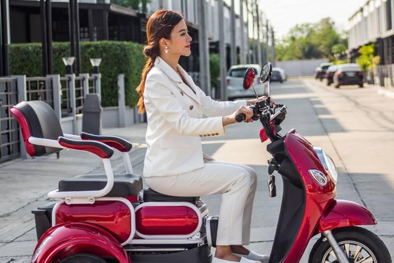Xe điện Thái Lan dành cho người... không biết đi xe máy - Ảnh 3.