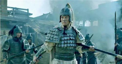 Kỳ truyện bội kiếm Triệu Vân giả trị giá 700 triệu đồng, ai dè lại là bảo vật độc tôn quý gấp hàng trăm lần - Ảnh 3.