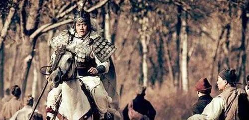 Kỳ truyện bội kiếm Triệu Vân giả trị giá 700 triệu đồng, ai dè lại là bảo vật độc tôn quý gấp hàng trăm lần - Ảnh 8.