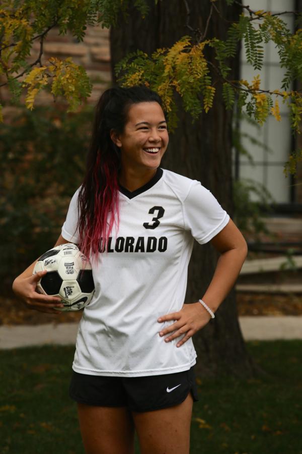 Nhan sắc của nữ cầu thủ Việt kiều được gọi lên tuyển Australia - Ảnh 3.
