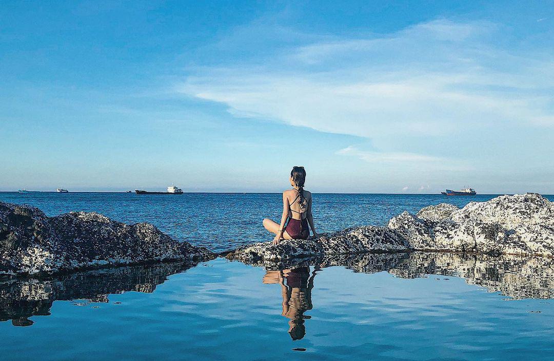 Bình Thuận: Hồ bơi tự nhiên nổi trên biển đẹp như trời Âu  - Ảnh 6.
