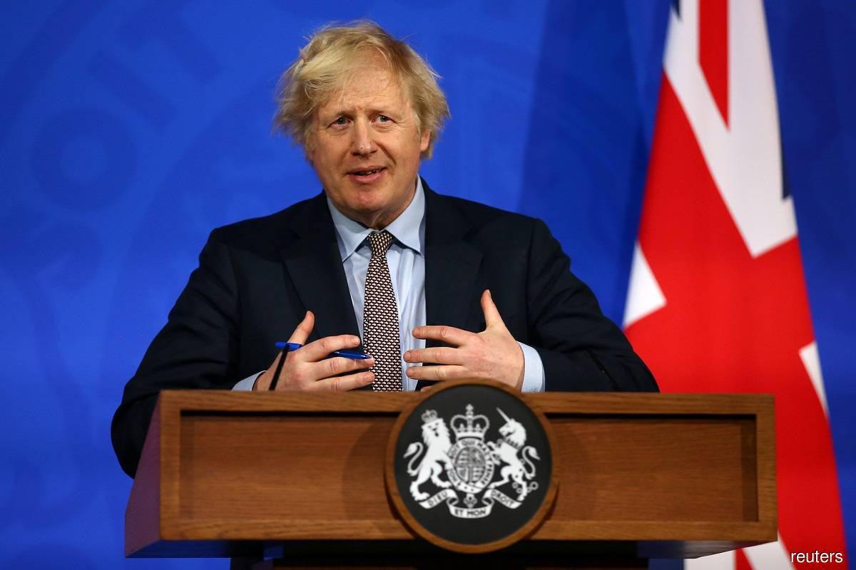 Nước Anh khởi động chương trình thử nghiệm hàng loạt, chuẩn bị mở cửa trở lại nền kinh tế - Ảnh 2.