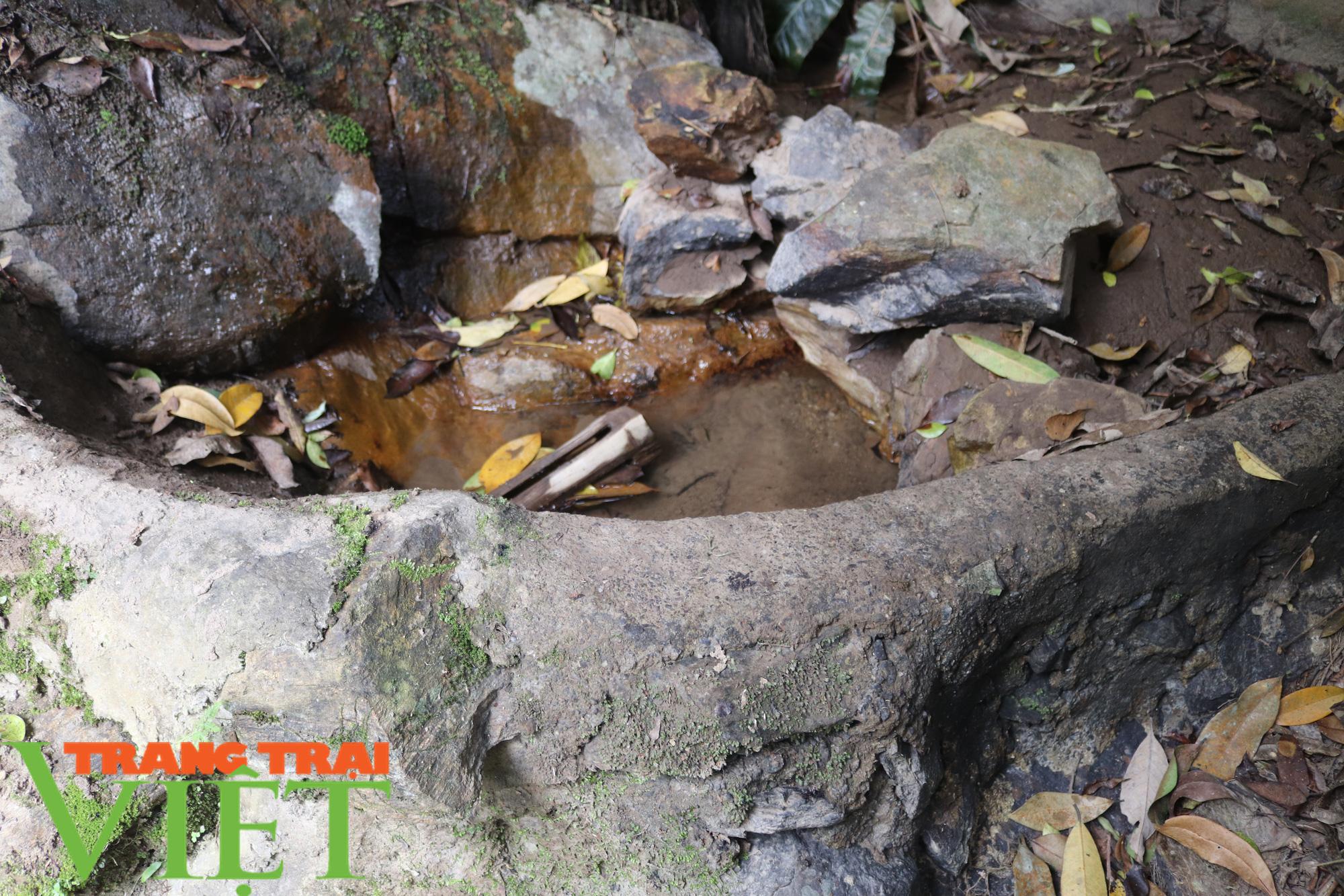 Vụ bán nguồn nước ở Bắc Yên: Bán cả trâu, bò, tích góp gần 2 năm mới trả nợ xong - Ảnh 2.