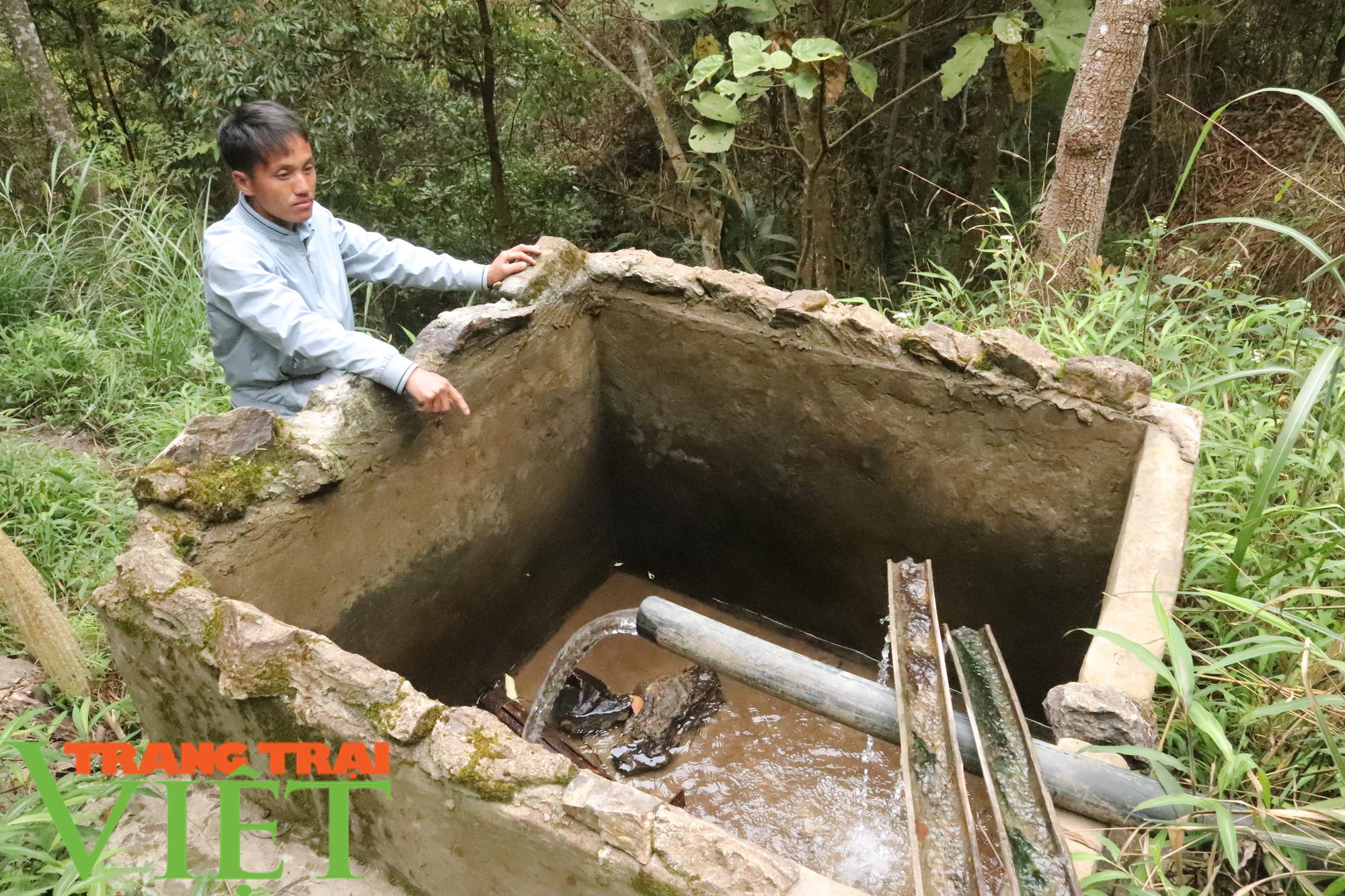 Vụ bán nguồn nước ở Bắc Yên: Bán cả trâu, bò, tích góp gần 2 năm mới trả nợ xong - Ảnh 3.