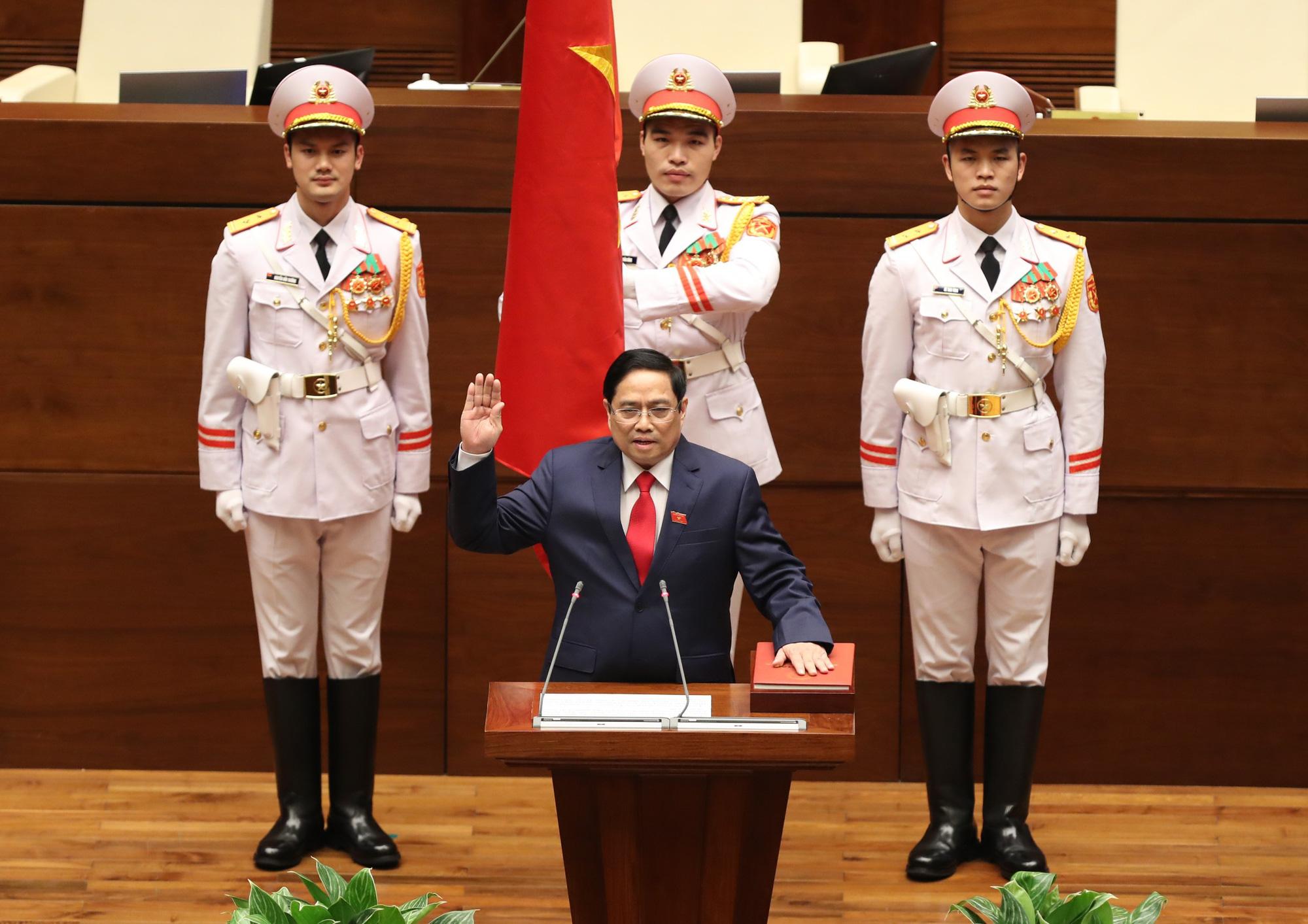 """Kỳ vọng tân Thủ tướng Phạm Minh Chính quần tụ tất cả thành viên để """"con thuyền"""" đi cùng hướng - Ảnh 1."""