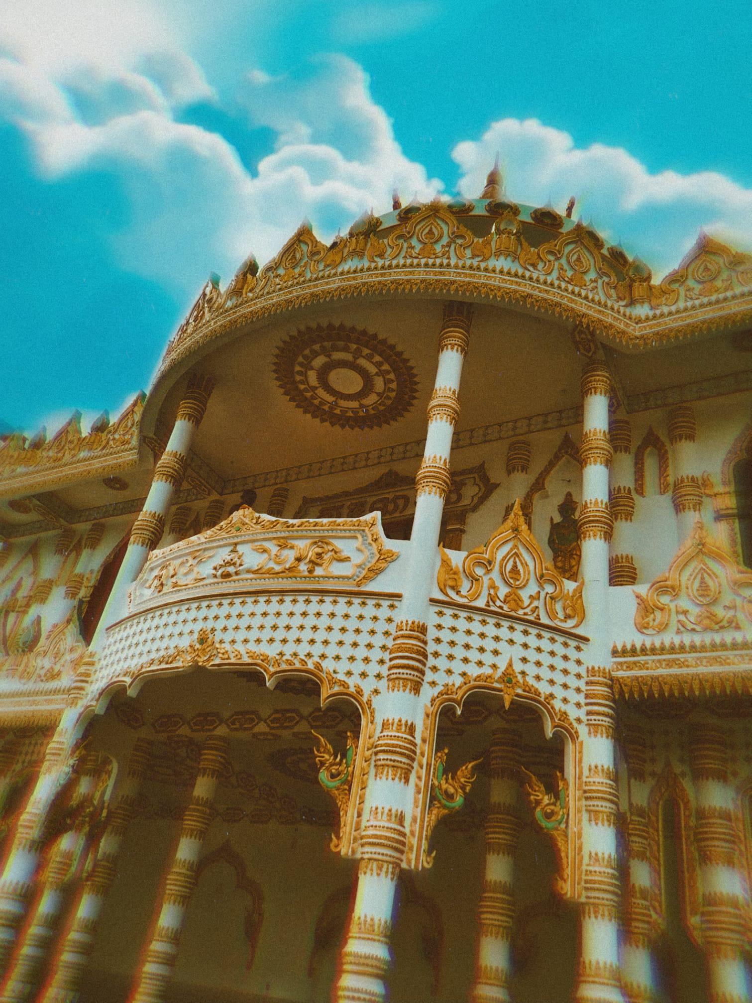 """Độc đáo ngôi chùa """"Thái Lan"""" đang sốt rần rần ở tỉnh Sóc Trăng - Ảnh 9."""