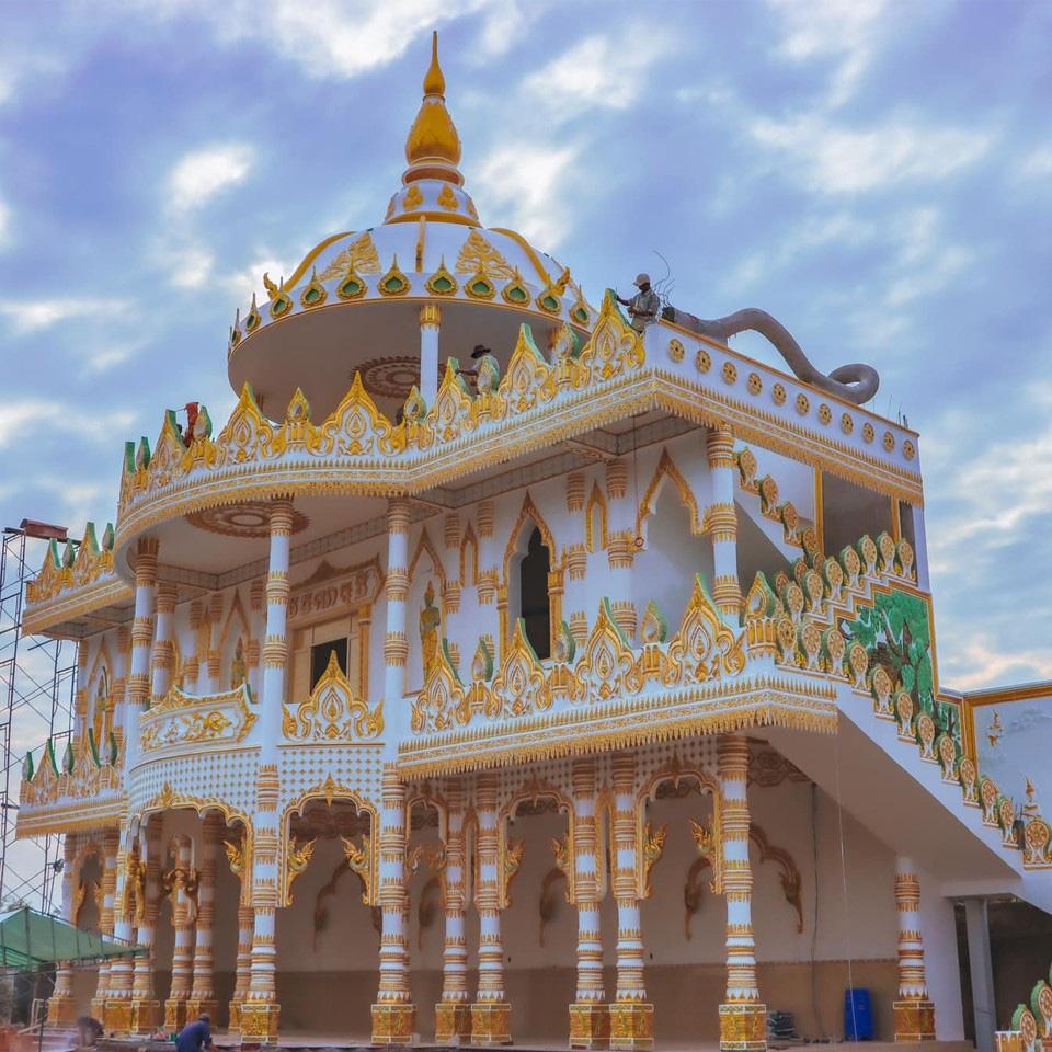 """Độc đáo ngôi chùa """"Thái Lan"""" đang sốt rần rần ở tỉnh Sóc Trăng - Ảnh 3."""