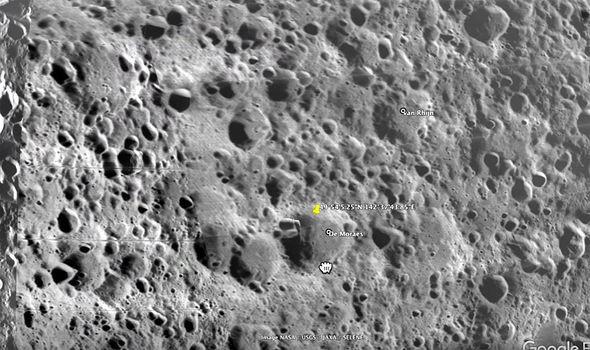 Sốc: Phát hiện thành phố của người ngoài hành tinh trên Mặt Trăng - Ảnh 2.