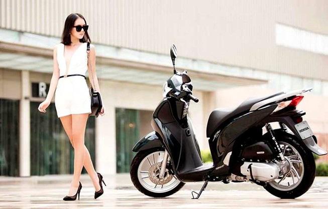 Choáng với giá bán Honda SH tháng 4, người Việt nghĩ gì? - Ảnh 1.