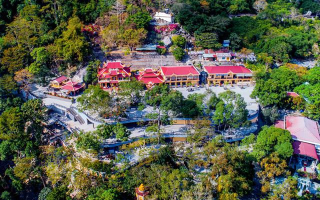 Núi Bà Đen là tài nguyên quý giá để Tây Ninh phát triển du lịch tâm linh