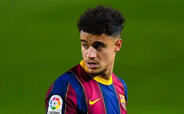 Barcelona rõ ràng không thể hài lòng với phong độ của Coutinho.