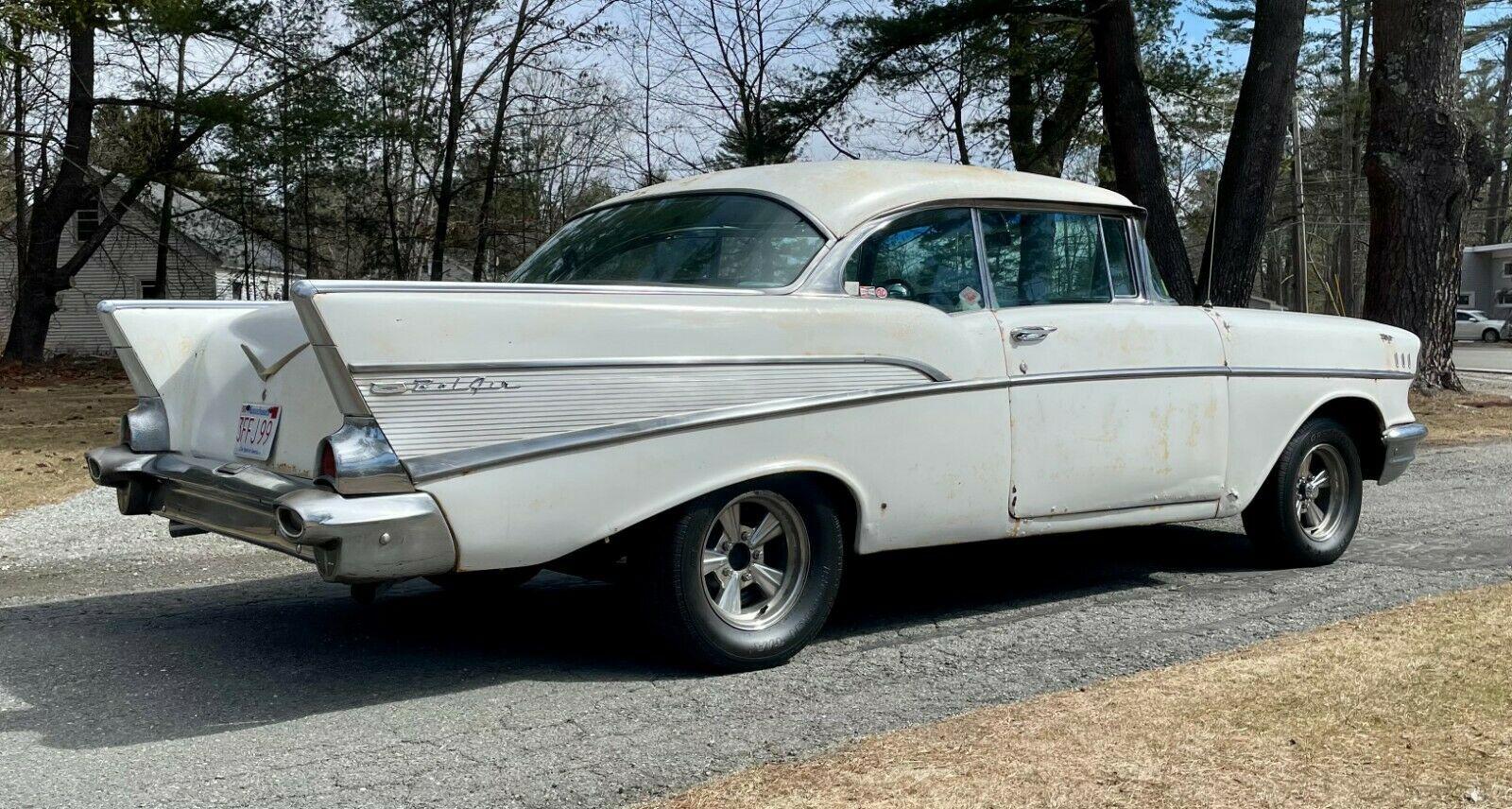 Chevrolet Bel Air 1957 tìm thấy trong nhà kho bỏ hoang sau nhiều thập kỷ, động cơ V8 chạy ngon lành - Ảnh 3.