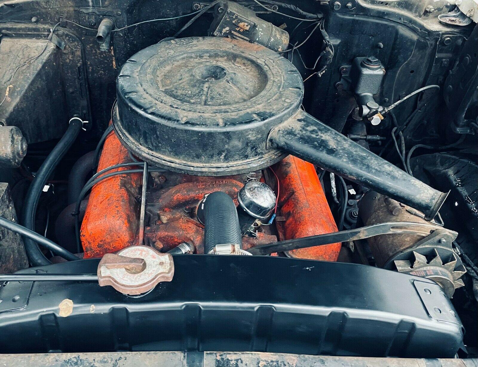 Chevrolet Bel Air 1957 tìm thấy trong nhà kho bỏ hoang sau nhiều thập kỷ, động cơ V8 chạy ngon lành - Ảnh 9.