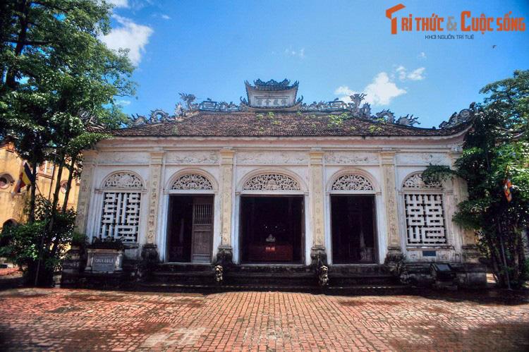 """Điểm danh những ngôi chùa mang kiến trúc """"nửa Tây nửa ta"""" ở Việt Nam khiến du khách thích mê - Ảnh 1."""