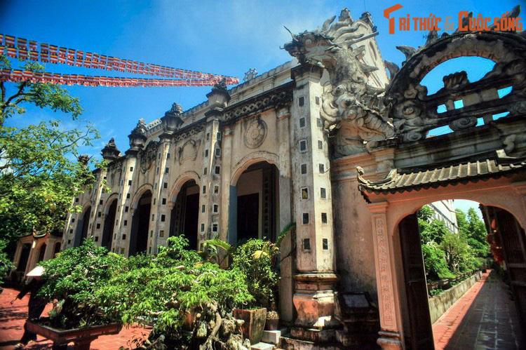 """Điểm danh những ngôi chùa mang kiến trúc """"nửa Tây nửa ta"""" ở Việt Nam khiến du khách thích mê - Ảnh 2."""