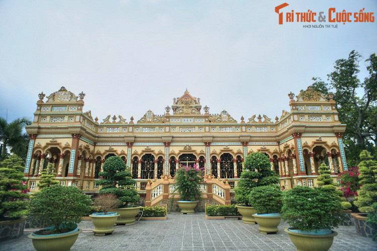 """Điểm danh những ngôi chùa mang kiến trúc """"nửa Tây nửa ta"""" ở Việt Nam khiến du khách thích mê - Ảnh 5."""