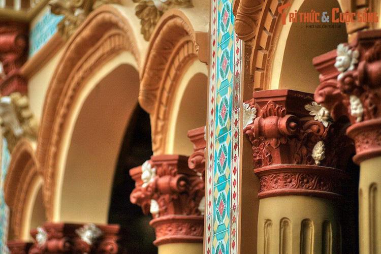 """Điểm danh những ngôi chùa mang kiến trúc """"nửa Tây nửa ta"""" ở Việt Nam khiến du khách thích mê - Ảnh 8."""