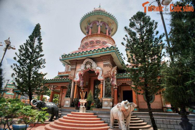 """Điểm danh những ngôi chùa mang kiến trúc """"nửa Tây nửa ta"""" ở Việt Nam khiến du khách thích mê - Ảnh 9."""