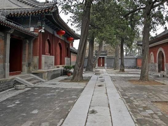 Ở ngôi chùa bí ẩn nhất thế giới, suốt 500 năm chưa từng mở cửa đón khách - Ảnh 3.