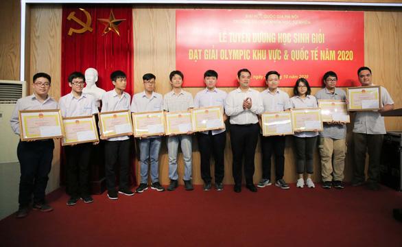 Nhìn lại thành tựu Giám đốc ĐHQGHN Nguyễn Kim Sơn đạt được trước khi trở thành Bộ trưởng Bộ GD-ĐT - Ảnh 8.