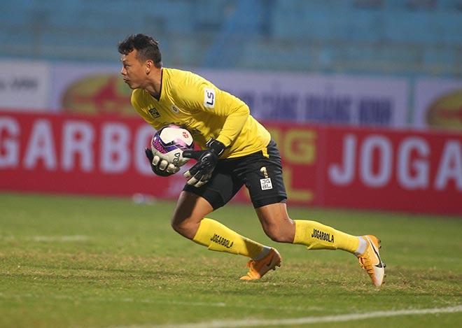 Hà Nội FC mất 7 trụ cột, HLV Hoàng Văn Phúc còn ai đá với Viettel? - Ảnh 2.