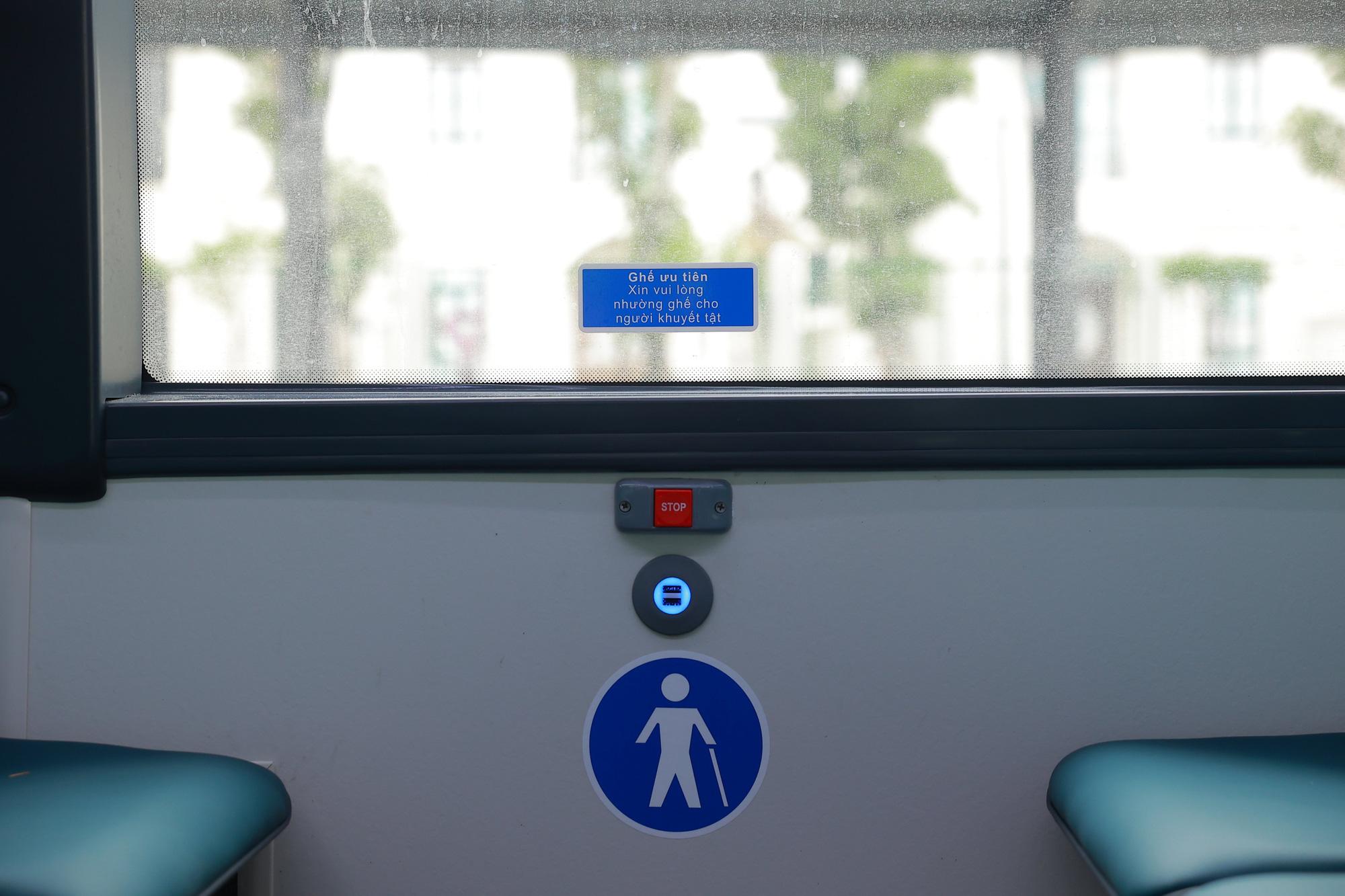 Cận cảnh xe buýt điện VinFast lăn bánh tại Hà Nội, có gì đặc biệt? - Ảnh 7.