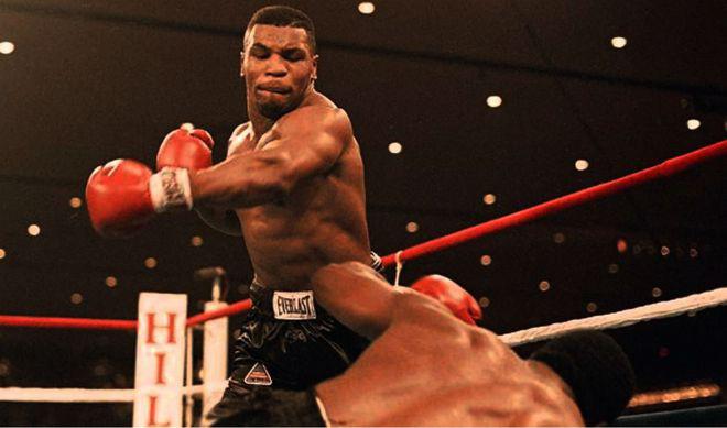 Mike Tyson và màn chào sân đáng sợ nhất trong lịch sử quyền Anh - Ảnh 2.