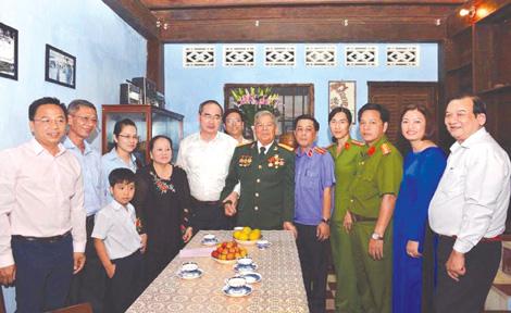 Người viết tiếp về huyền thoại Biệt động Sài Gòn - Ảnh 2.