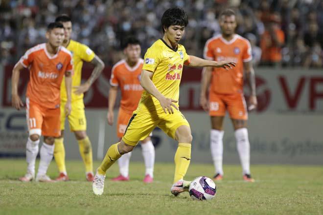 Công Phượng, Văn Toàn tỏa sáng, HAGL chễm chệ trên đỉnh V.League - Ảnh 4.