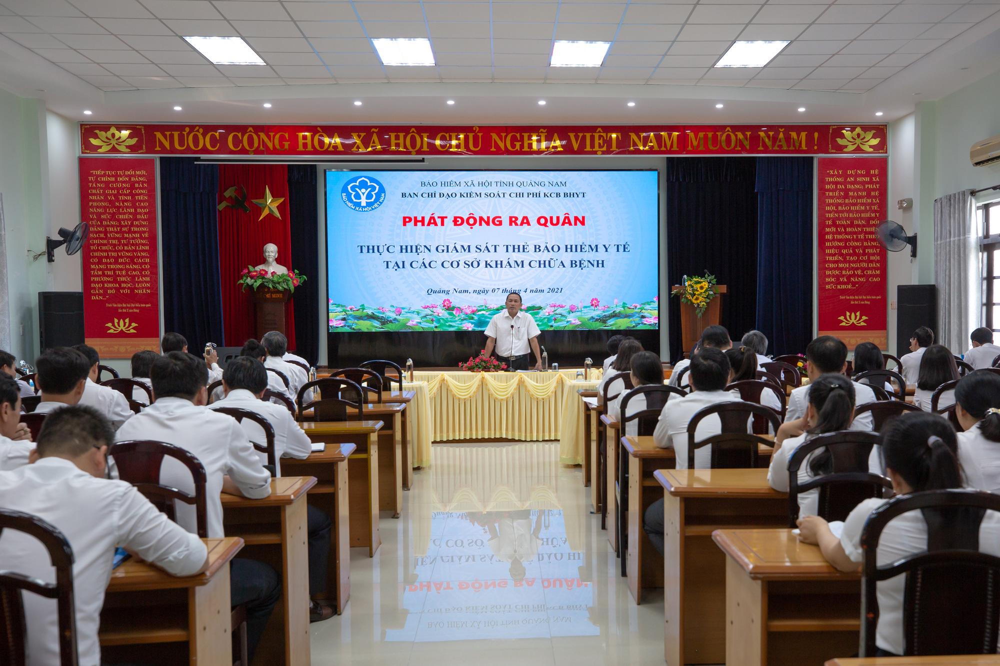 BHXH Quảng Nam ra quân xử lý việc dùng BHYT tại nơi khám chữa bệnh không đúng quy định - Ảnh 2.