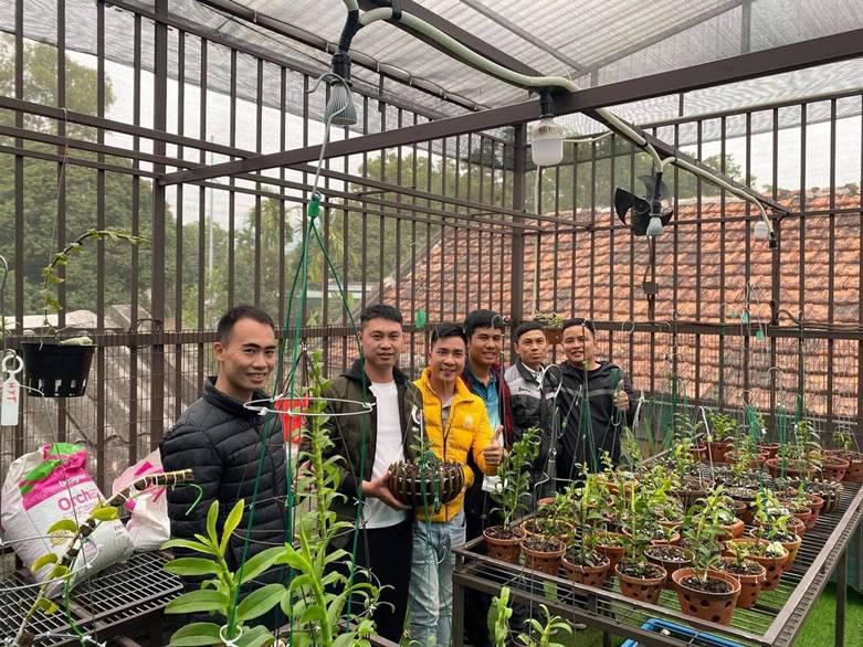 """Nghệ nhân trồng lan Tạ Văn Hiệp: """"Cây lan lớn lên chỉ bằng tình yêu thực sự - Ảnh 5."""