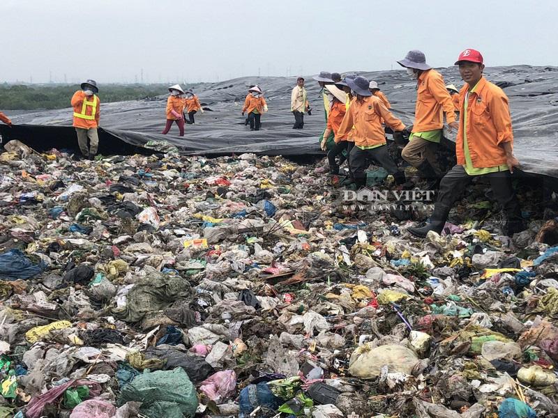 TP.HCM: Phân loại rác tại nguồn vẫn còn bất cập  - Ảnh 3.