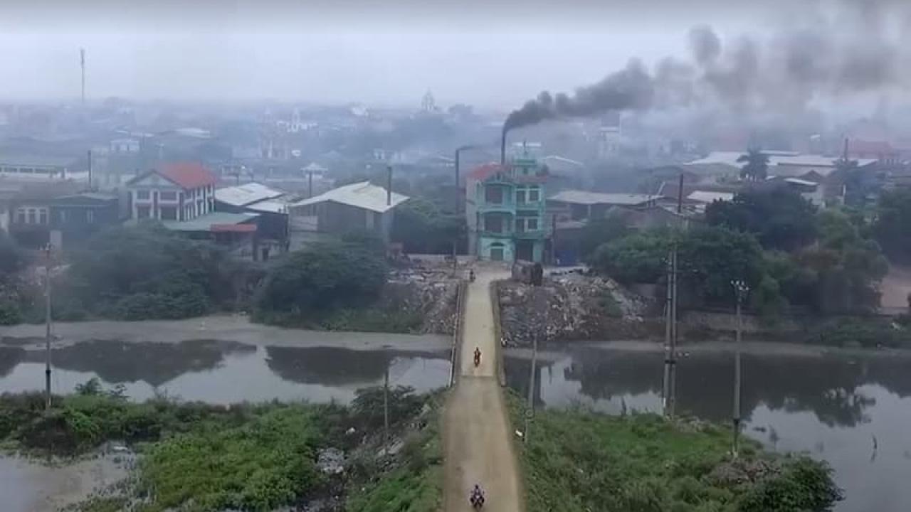 """Bắc Ninh: Sẽ """"xóa sổ"""" làng nghề ô nhiễm nhất quả đất Phong Khê để làm cảng cạn và dịch vụ logistics - Ảnh 1."""