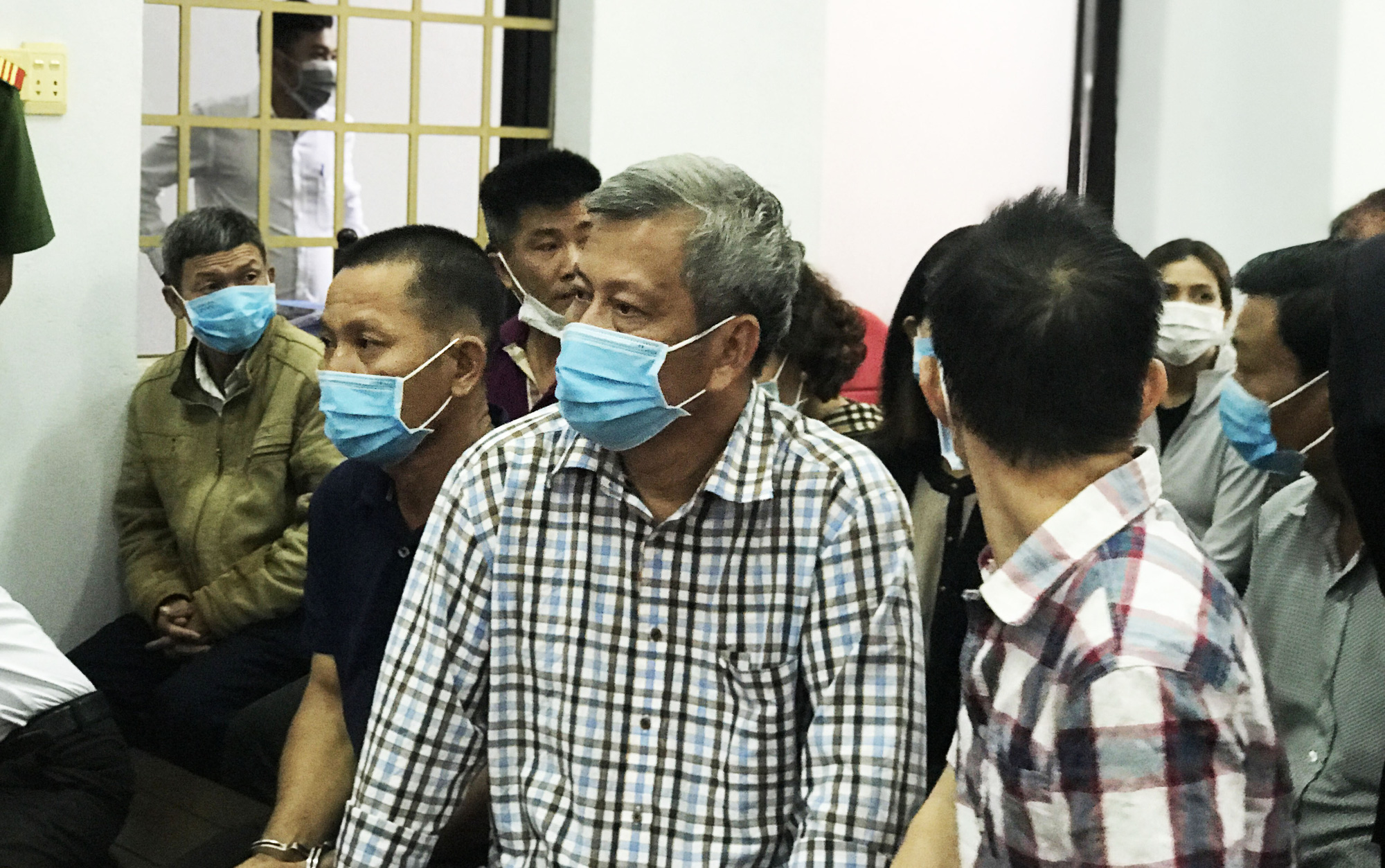 Xét xử đại gia Trịnh Sướng: Hai bị cáo và nhiều người liên quan vắng mặt - Ảnh 1.