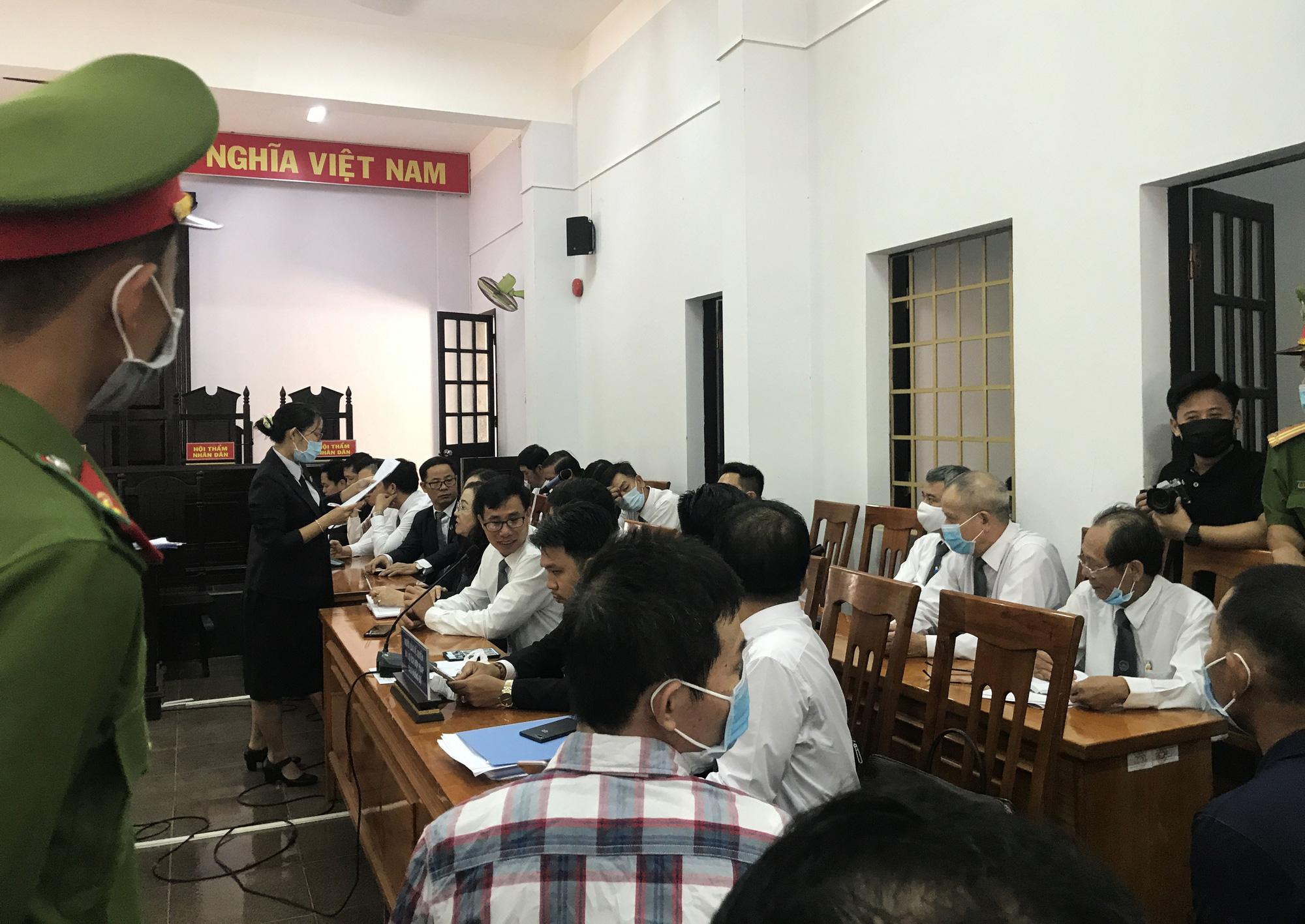 Xét xử đại gia Trịnh Sướng: Hai bị cáo và nhiều người liên quan vắng mặt - Ảnh 3.