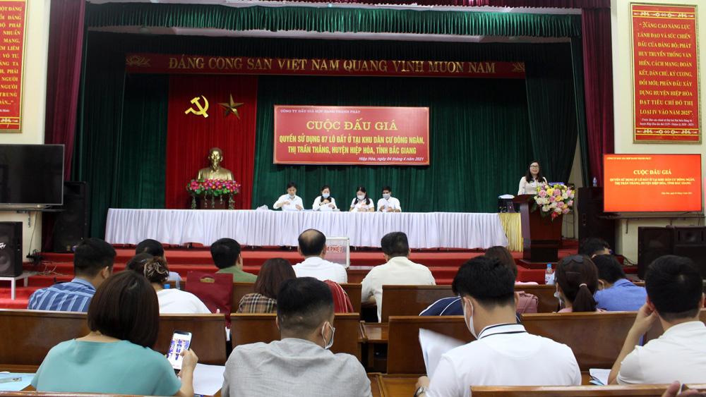 """Bắc Giang: Đấu giá một khu """"đất quê"""" chênh lệch 59 tỷ đồng, gần gấp đôi giá khởi điểm - Ảnh 1."""