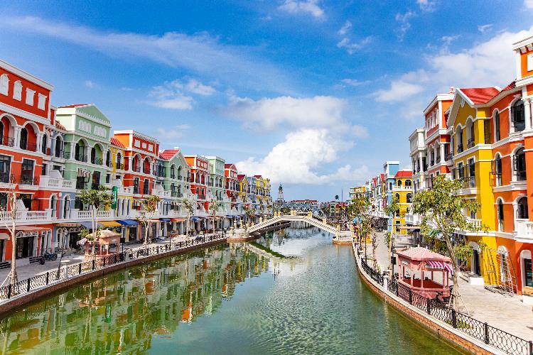 """Du lịch bán lẻ """"cập bến"""" Việt Nam với quy mô lớn và các công trình kỷ lục tại Phú Quốc - Ảnh 3."""