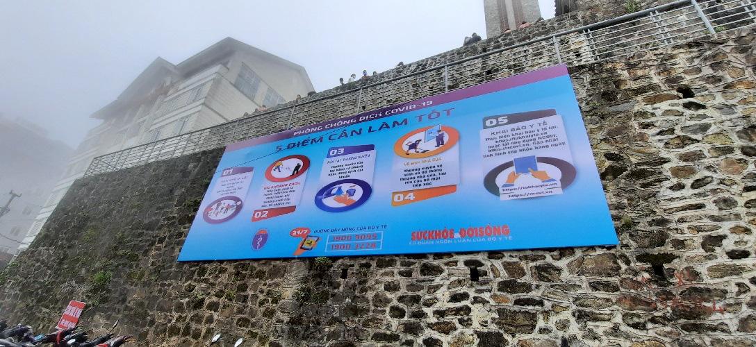 Thị trấn Tam Đảo (Vĩnh Phúc): Du khách còn chủ quan trong phòng chống dịch Covid 19 - Ảnh 3.