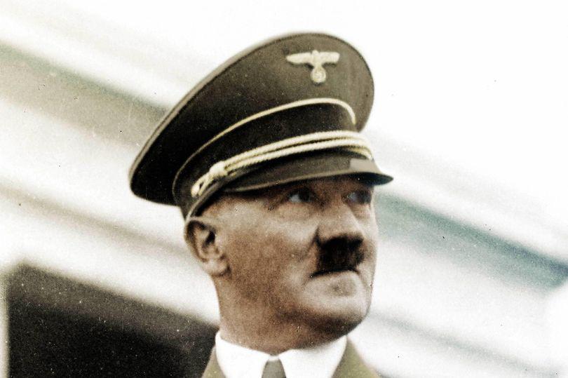 Adolf Hitler từng nghiện ma túy nặng? - Ảnh 1.