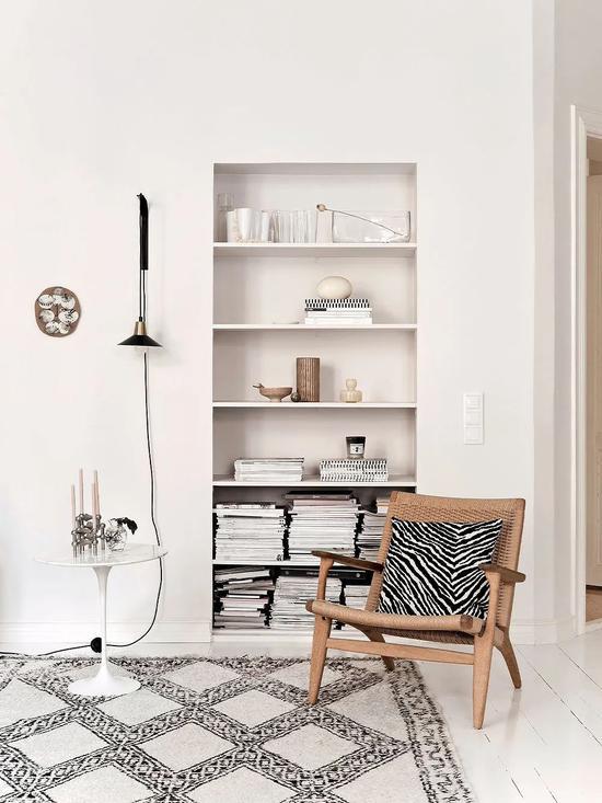 Cải tạo căn hộ cũ 80 mét vuông, sử dụng màu sắc tối giản một cách thông minh, diện tích lớn hơn gấp đôi! - Ảnh 2.