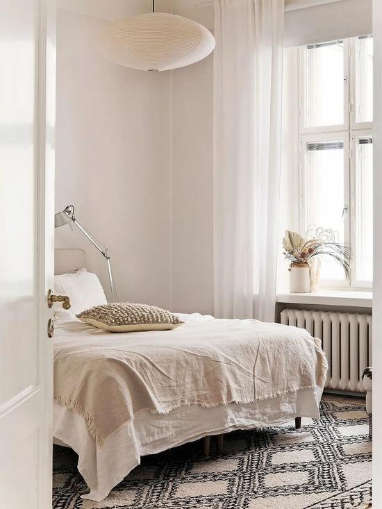 Cải tạo căn hộ cũ 80 mét vuông, sử dụng màu sắc tối giản một cách thông minh, diện tích lớn hơn gấp đôi! - Ảnh 9.