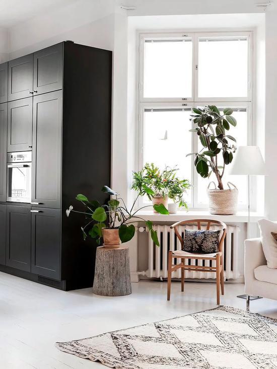 Cải tạo căn hộ cũ 80 mét vuông, sử dụng màu sắc tối giản một cách thông minh, diện tích lớn hơn gấp đôi! - Ảnh 5.