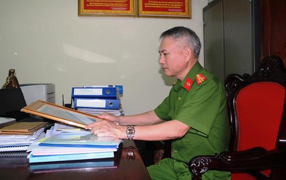 Cuộc đấu trí với nghi phạm bắn chết 2 người ở Nghệ An qua lời kể của đại tá công an - Ảnh 1.