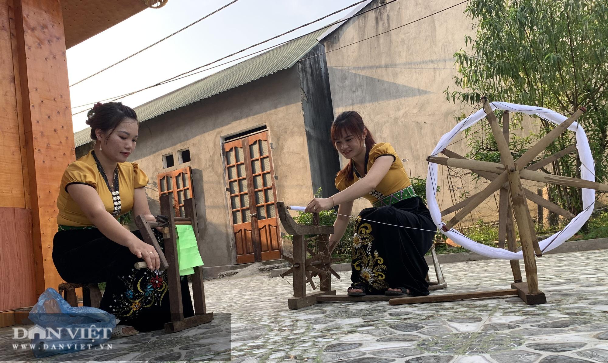 Lai Châu: Quan tâm bảo tồn và tôn vinh văn hóa dân tộc Thái - Ảnh 5.