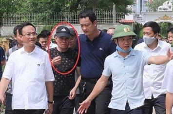 Trao thưởng cho lực lượng sớm bắt nghi phạm bắn chết 2 người ở Nghệ An - Ảnh 2.