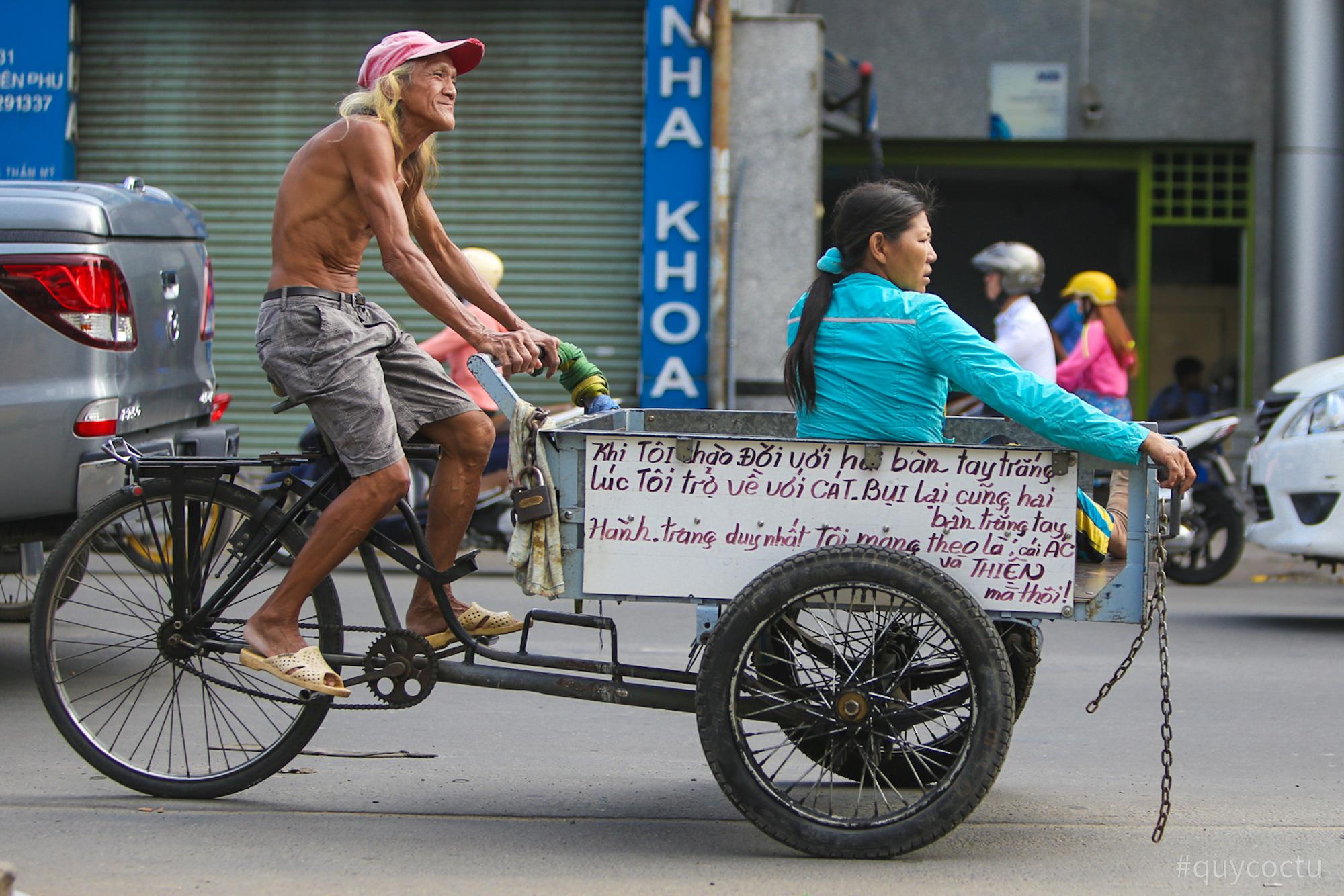 Dạo quanh TP Hồ Chí Minh cùng bloger du lịch nổi tiếng - Ảnh 12.