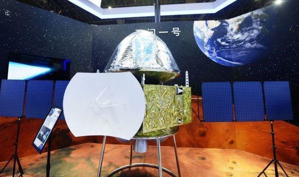 Trung Quốc sẽ hạ cánh máy bay thám hiểm trên sao Hỏa trong vài tuần tới - Ảnh 2.