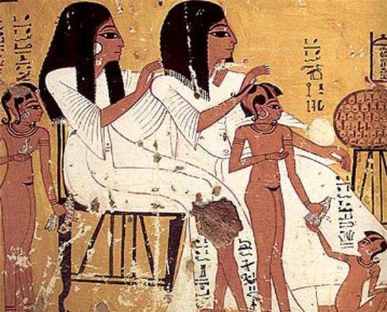 """Bật mí """"sốc"""" về phụ nữ thời cổ đại ít ai ngờ tới - Ảnh 2."""
