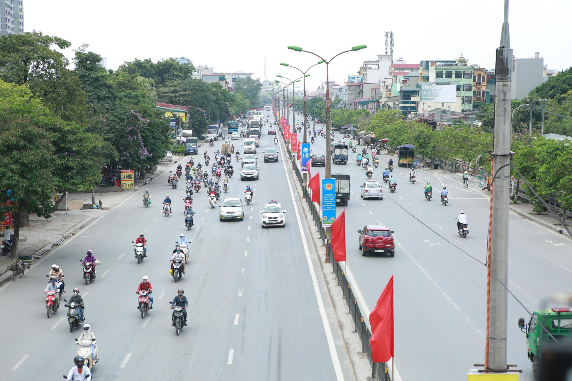 Giao thông cửa ngõ Thủ đô thông thoáng lạ thường ngày cuối kỳ nghỉ lễ 30/4  - Ảnh 1.